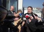 Leier sajtótájékoztató egy budapesti háztetőn